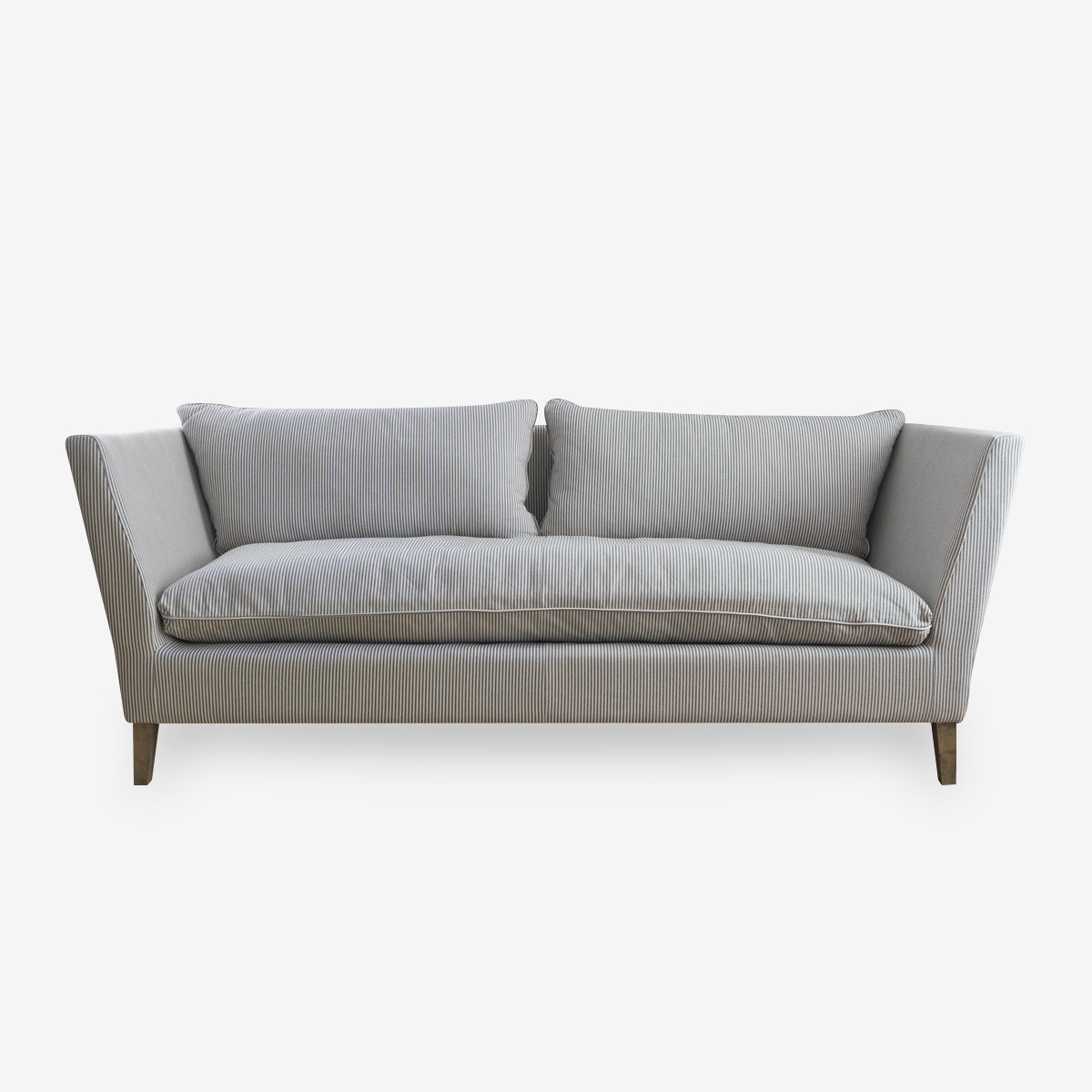 ESSENTIAL SOFA